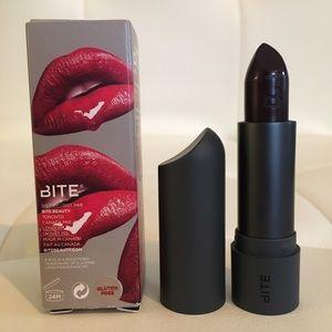 ✨NIB Bite Amuse Bouche Lipstick Black Truffle✨